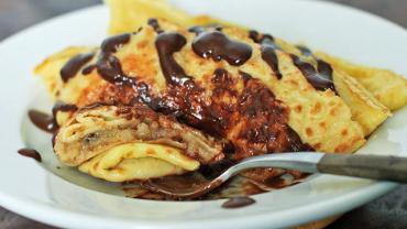 Authentic Hungarian Pancakes (Palacsinta)